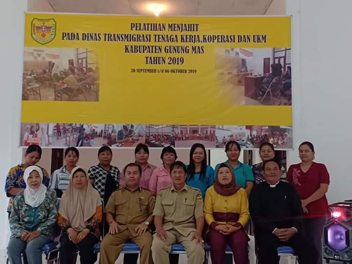 Kegiatan Pelatihan Menjahit Pada DinasTransmigrasi,Tenaga Kerja,Koperasi dan UKM Kabupaten Gunung Mas Tahun 2019